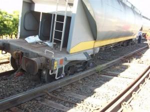 Descarriló tren de cargas en Rivas.