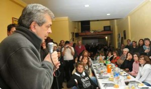 Domínguez de gira por el sudoeste de la provincia de Buenos Aires.