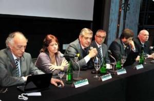 Domínguez en el marco del PEA, se presentaron las proyecciones para la producción y consumo de alimentos hasta el 2020.