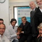 Julián Domínguez junto a Germán Kaiser y Nicolás Mucci (INTA Balcarce) y Adrián Mutto (UNSA, CONICET), los jóvenes científicos que alcanzaron el logro.