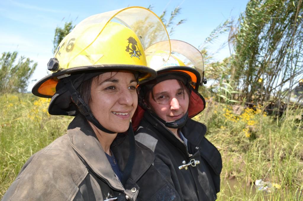 Personal femenino durante la capacitación.