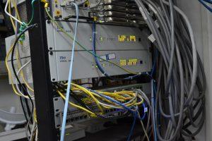 Parte del equipamiento para brindar internet  de la Cooperativa.