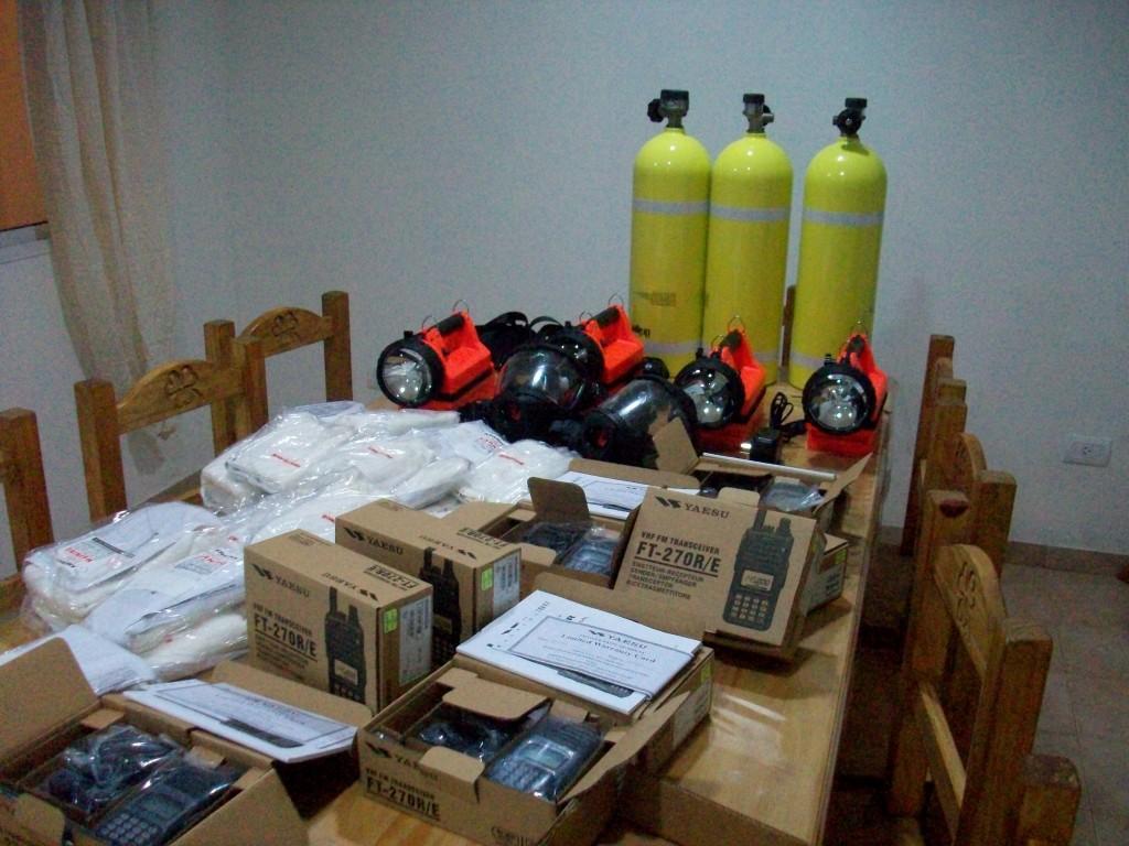 El total del equipamiento adquirido para Bomberos Voluntarios de Rawson.