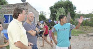 """Autoridades municipales en el barrio """"San Cayetano"""""""