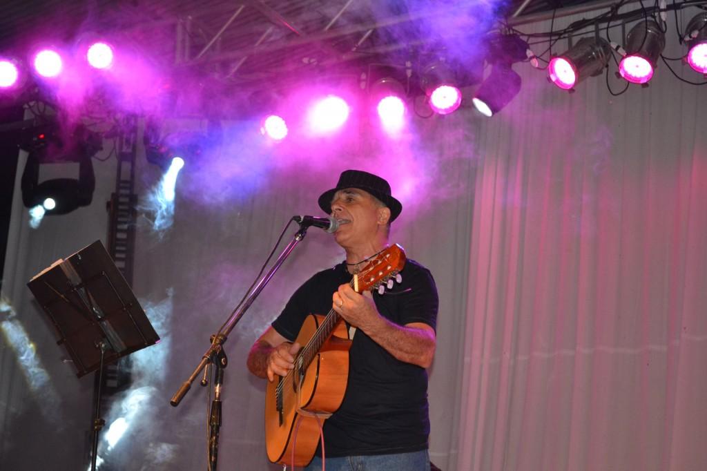 Mario Galan.