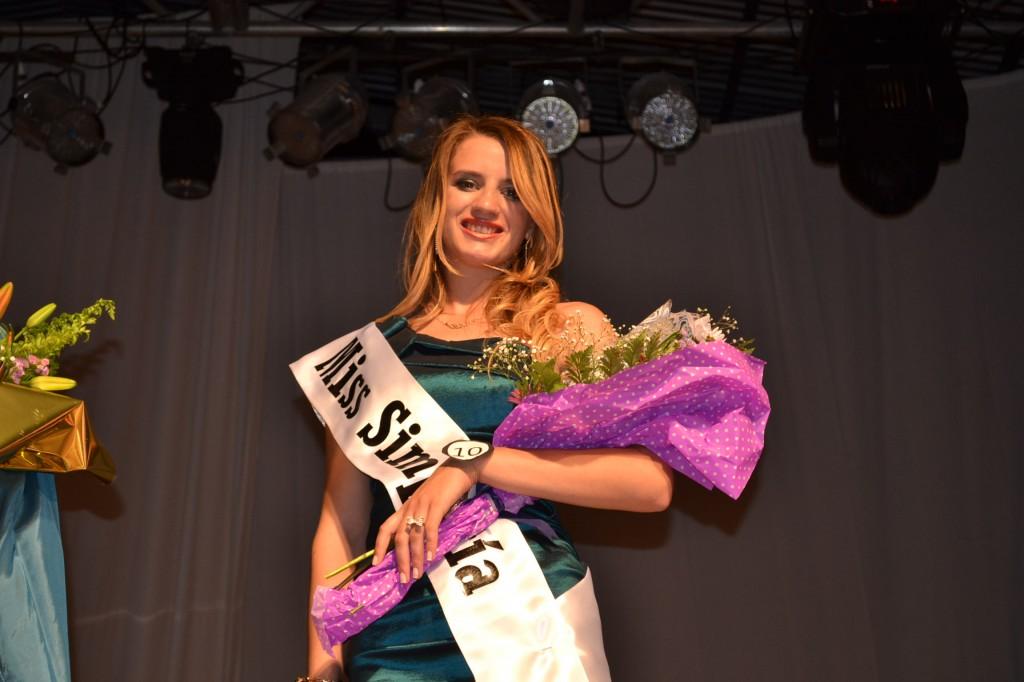 Miss Simpatía, Carolina Papini, de 17 años de edad, representando al Club Sarmiento de Rawson.