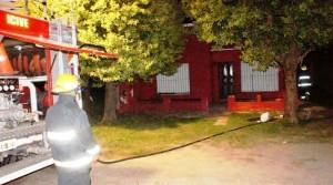 Incendio destruyó vivienda de vecina de Castilla en Chivilcoy.