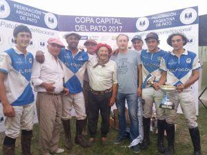 Gastón Lemme campeón con El Fogón de Chivilcoy.
