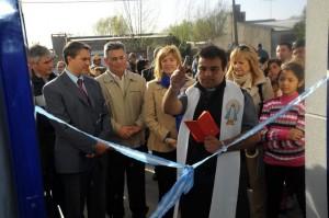 La titular de la cartera de Infraestructura, Cristina Alvarez Rodríguez, visitó la  ciudad de Chacabuco, donde entregó subsidios, firmó convenios y recorrió obras que la provincia está realizando en dicha localidad
