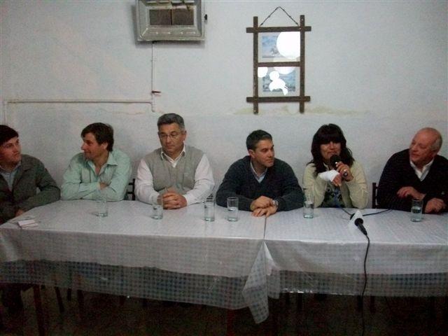 De izquierda a derecha: Verde, Millán, Barrientos, Golía, Ibáñez y Micucci.