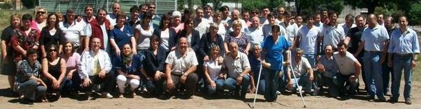 Los empleados Municipales de Rawson en la foto junto a Darío Golía.
