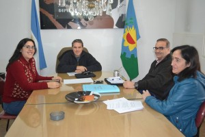 Golía reunido con la responsable de GENIA Chacabuco.