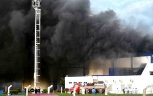 Imagen del incendio desatado esta mañana en la planta de Sancor en Chivilcoy.