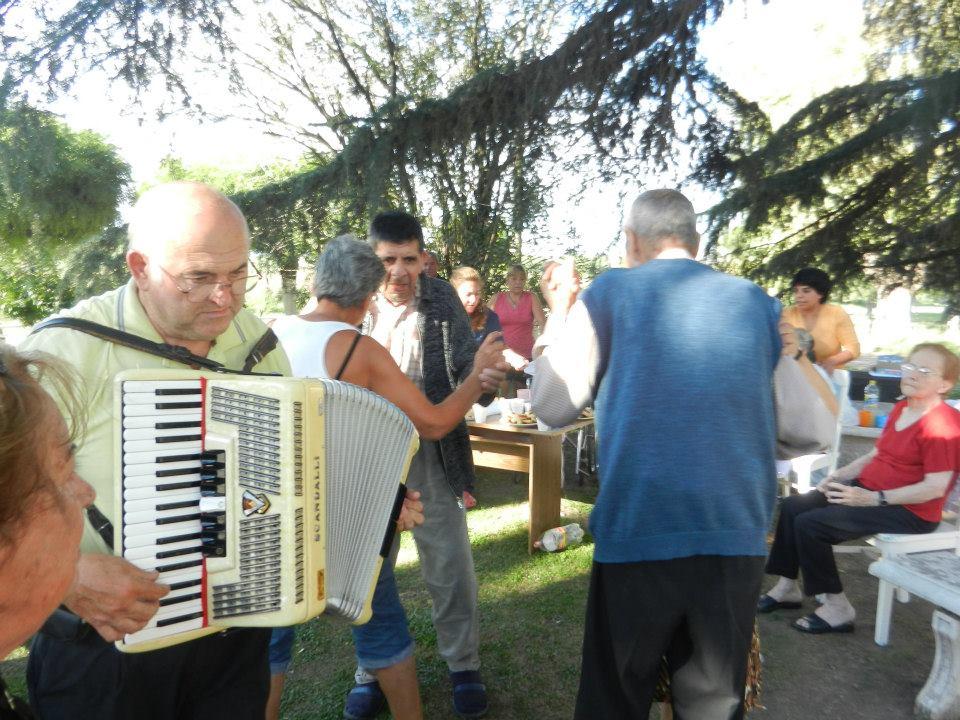 Roberto Ricci hizo bailar con su acordeón.