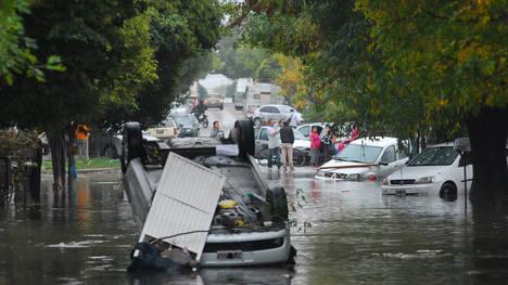 Medio La Plata bajo el agua. Foto: clarin.com.ar