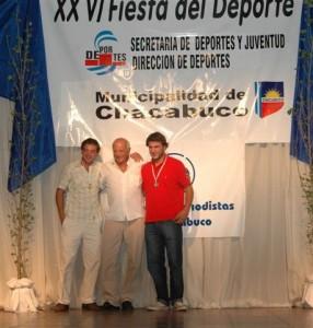 Andrés Lanfranco ganador de la terna Pato junto al Delegado Municipal de Rawson Micucci y Martín Leme, otro de los ternados en Pato.