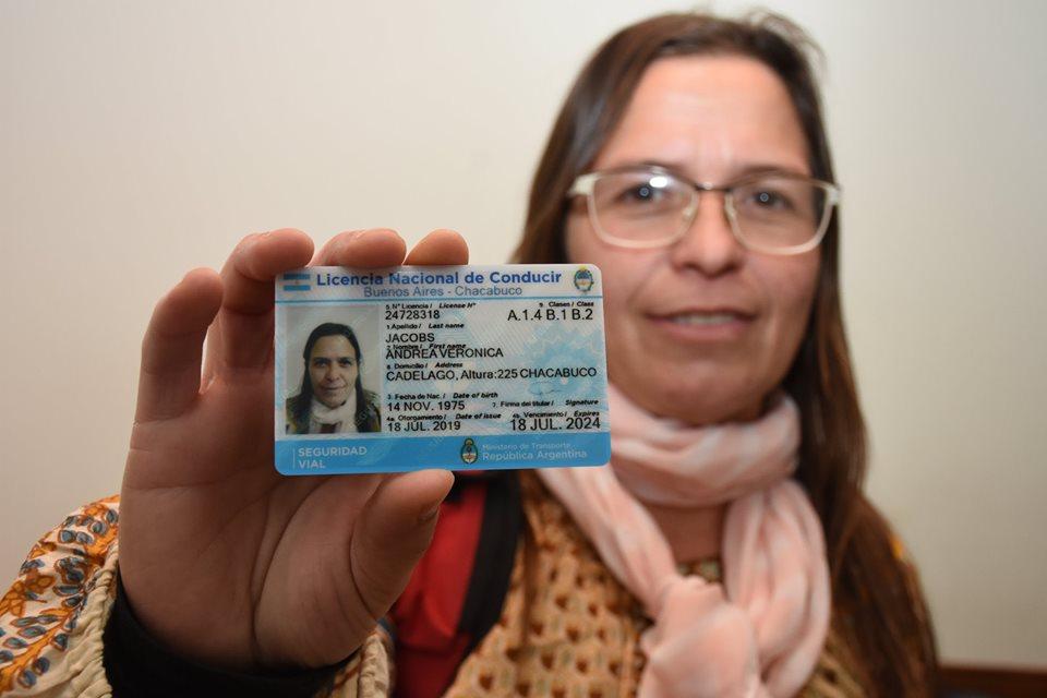 Ahora las licencias de conducir se pueden obtener en el mismo día