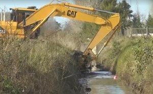 Limpieza de canales en Chacabuco.