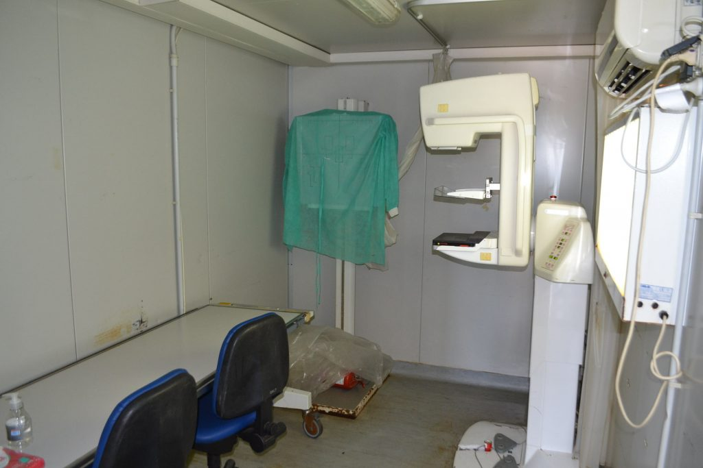 Interior del Mamógrafo Móvil en Rawson.