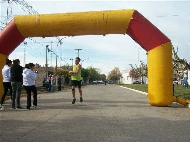 Gianfranco Barranco de Rawson segundo en 5 kilómetros.