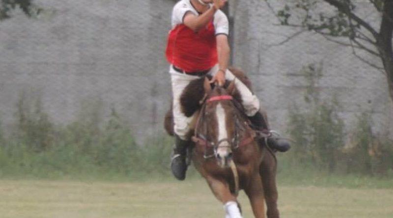 """Martín Lemme, jugador y presidente de """"El Relincho"""" de Rawson"""
