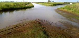 Moro preocupado por la situación de los caminos rurales.