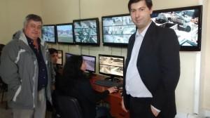 Moro viajó a ver el sistema de seguridad de Mercedes.