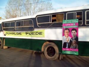 El vehículo que utiliza Hogo Moro para hacer su campaña política en Chacabuco.