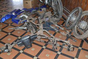 Las partes de la moto de Troppiano.