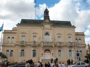 1662 son los empleados en el Municipio de Chacabuco.