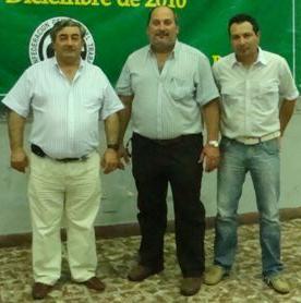 Asamblea en el gremio de Mario Fadel. Foto de archivo, de izquierda a derecha: Fadel, Olivetto y Gómez.