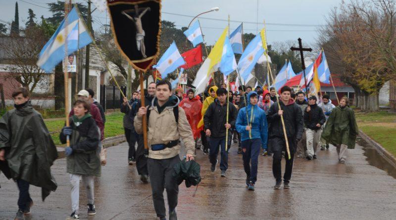 Cerca de 1.400 jóvenes peregrinan a Luján desde Rawson