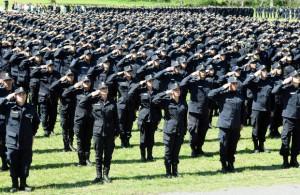 El ministerio de Seguridad dispuso el ascenso para 15 mil efectivos policiales, medida que impactará, fundamentalmente, en las categorías inferiores y en el personal de calle.