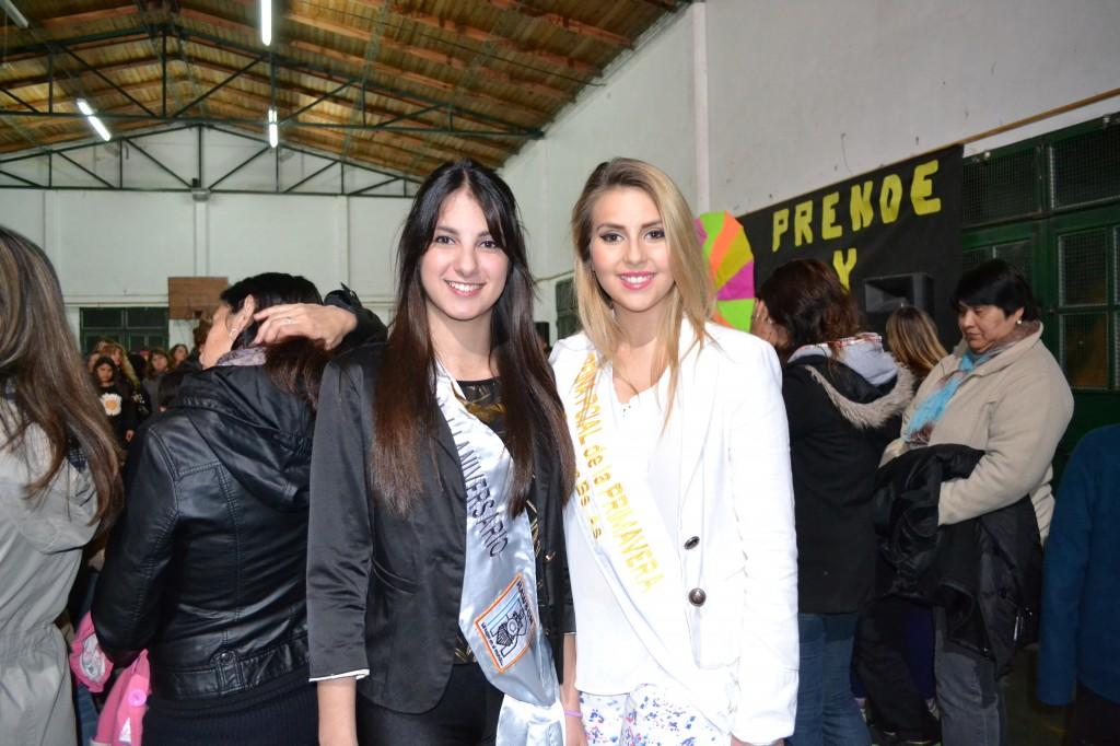 Tania Lemme, Reina de Aniversario de Rawson y Lucía Díez, Reina de la Fiesta Provincial de la Primavera asistieron a la convocatoria de la Escuela Nº 11.