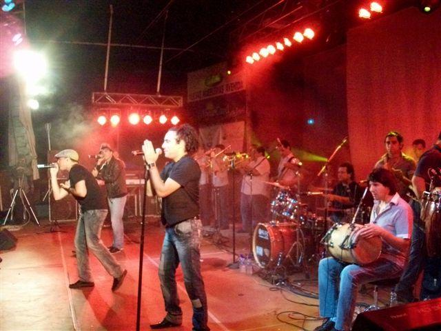 Banda XXI en su actuación en Rawson.