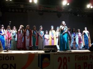 Agustina Cepeda fue la anfitriona de la Reinas invitadas a la Fiesta.
