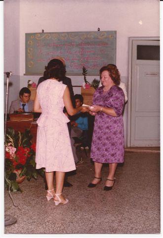 Reconocimiento a la Portera Rosita Caminos.