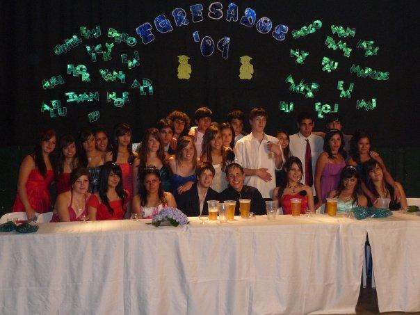 Promoción 2009 durante su Fiesta de Egresados.