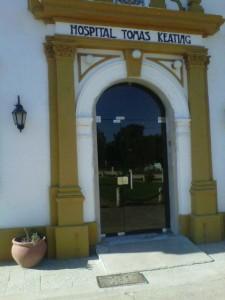 Imagen de la puerta blindex colocada en el Hospital de Castilla.