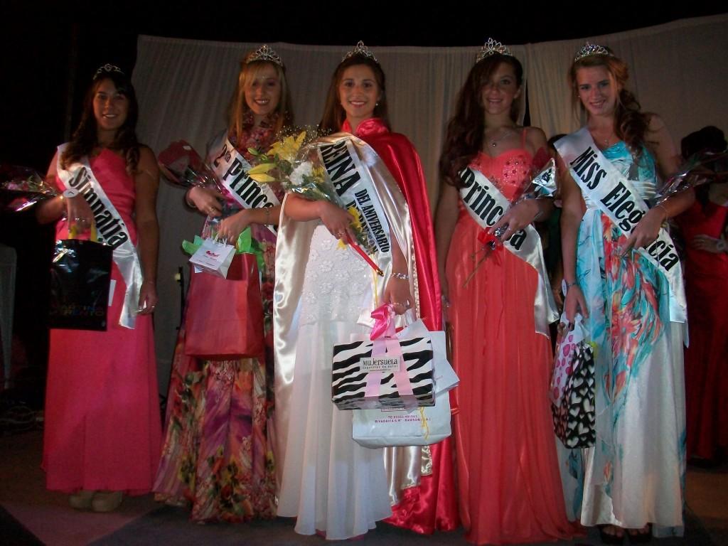 De izquierda a derecha: Daniela Del Campo, Lina Nosti, Florencia Ardura, Oriana Roldán y Florencia Papini.