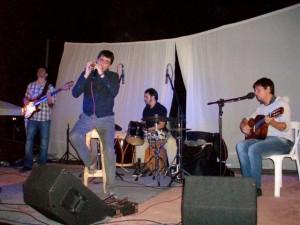 Franco Luciani y su Grupo cerraron la fiesta en Rawson.