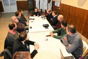 Imagen de la reunión de gabinete en Rawson.