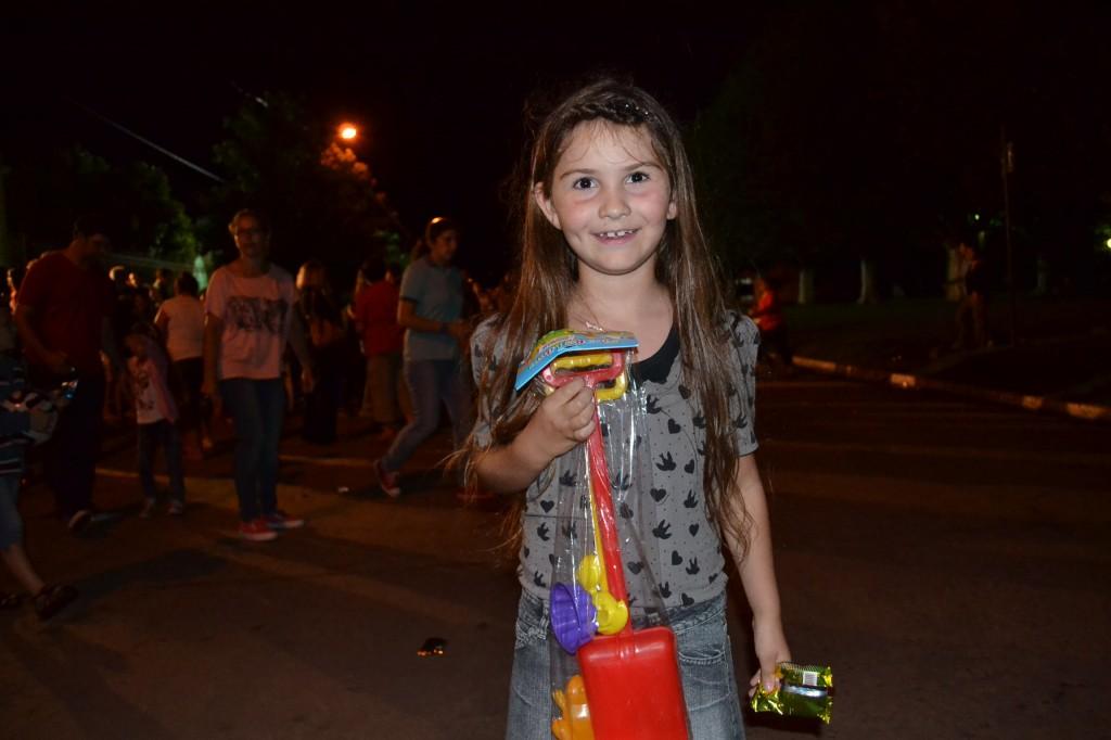 Emma también participó de la entrega de juguetes.