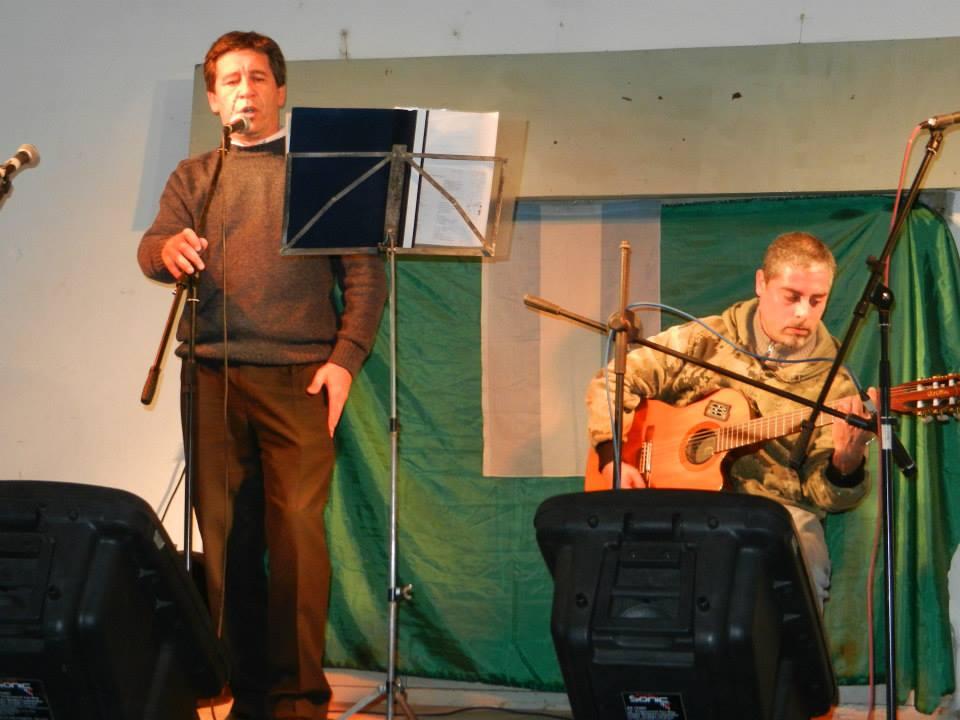 Ezequiel Lacanfora junto a Juan Manuel Santillán.