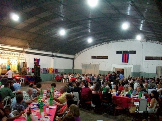 Imagen del gimnasio de San Lorenzo durante la Cena Aniversario.