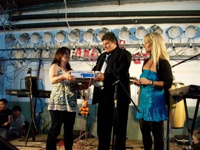 Mariel Millán fue la ganadora de un dvd donado por una firma local.