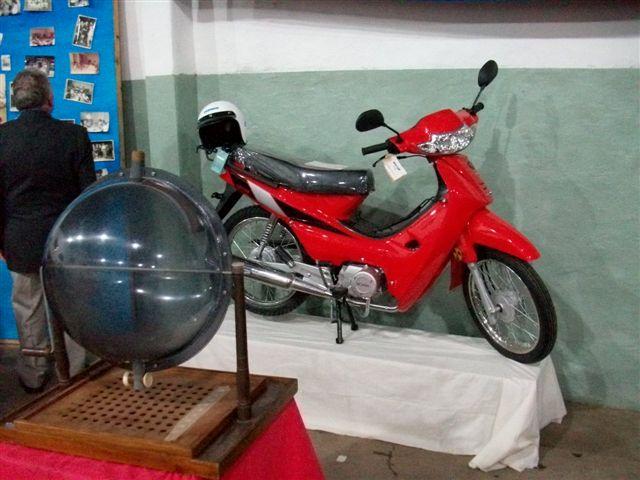El ciclomotor 110 cc que fue ganado por Angeles Gardella de Castilla.