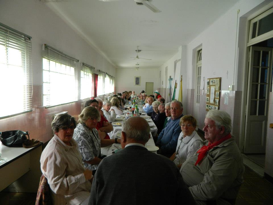 Otra imagen del almuerzo.