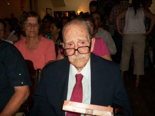 El homenajeado por su trayectoria en teatro, Santiago Sanz.