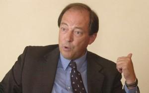 Ernesto Sanz.